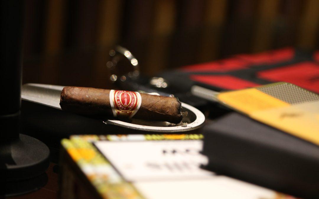 10 Tips for Beginner Cigar Smokers